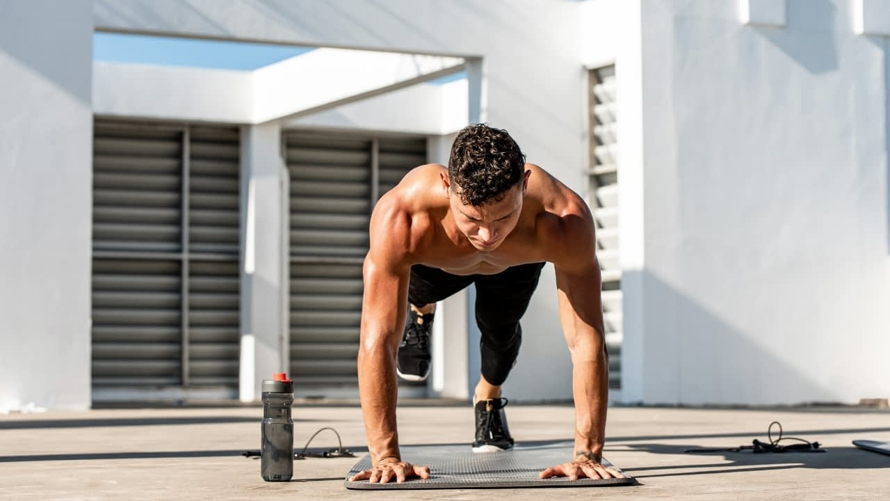 hiit workout at home no equipment need burn lots of calories
